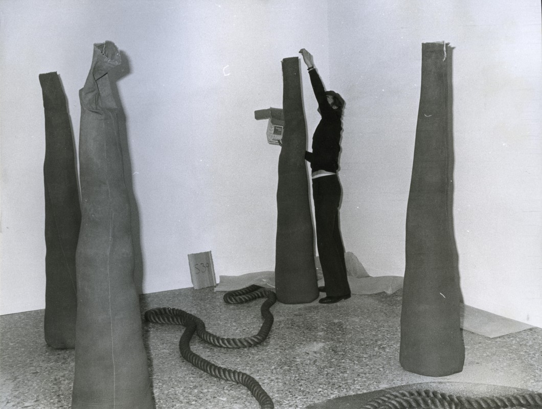 Palazzo Reale, Milan, Feb.–May 1976, showing Barry Flanagan, <i>4 casb 2 '67, ringl 1 '67, rope (gr 2sp 60) 6 '67</i>, 1967, gelatin silver print, 18.5 x 24 cm