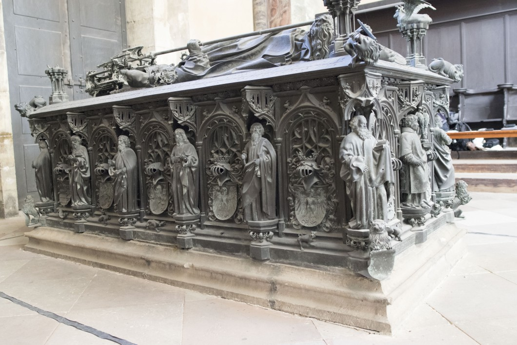 Tomb of Archbishop Ernst of Saxony
