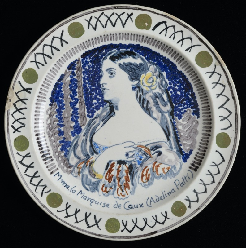 about 1933, ceramic, 25.5 cm diameter, Charleston CHA/C/136a. © Estate of Duncan Grant. All rights reserved, DACS 2017.